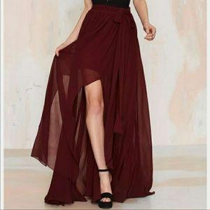 💙 Burgundy Flowy Maxi Skirt